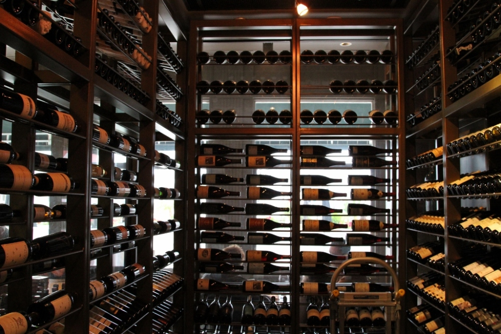 Purchasing a Wine Fridge: What to Look For (1/2)