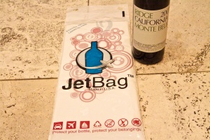 Jet bag wine protection