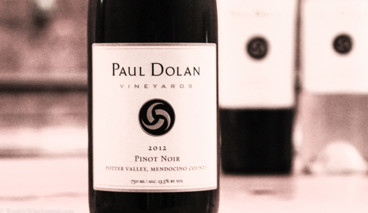 paul dolan pinot noir bottle